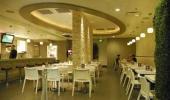 Gold Spike Hotel and Casino Restaurant