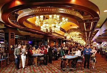 Холл казино игровые автоматы lucky roger 21 линия играть бесплатно