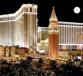 The Venetian Resort Hotel And Outside